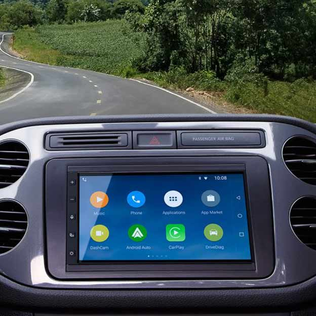New Car-Play Stereos Are Here and They're Gorgeous